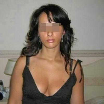 Jolie nana adorerait pomper des grosses queues sur Villeneuve-d'Ascq