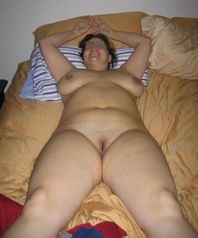Nana très chaude qui adore le sexe anal