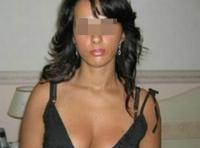 Fille cochonne veut de sexes bien larges à sucer sur Lille